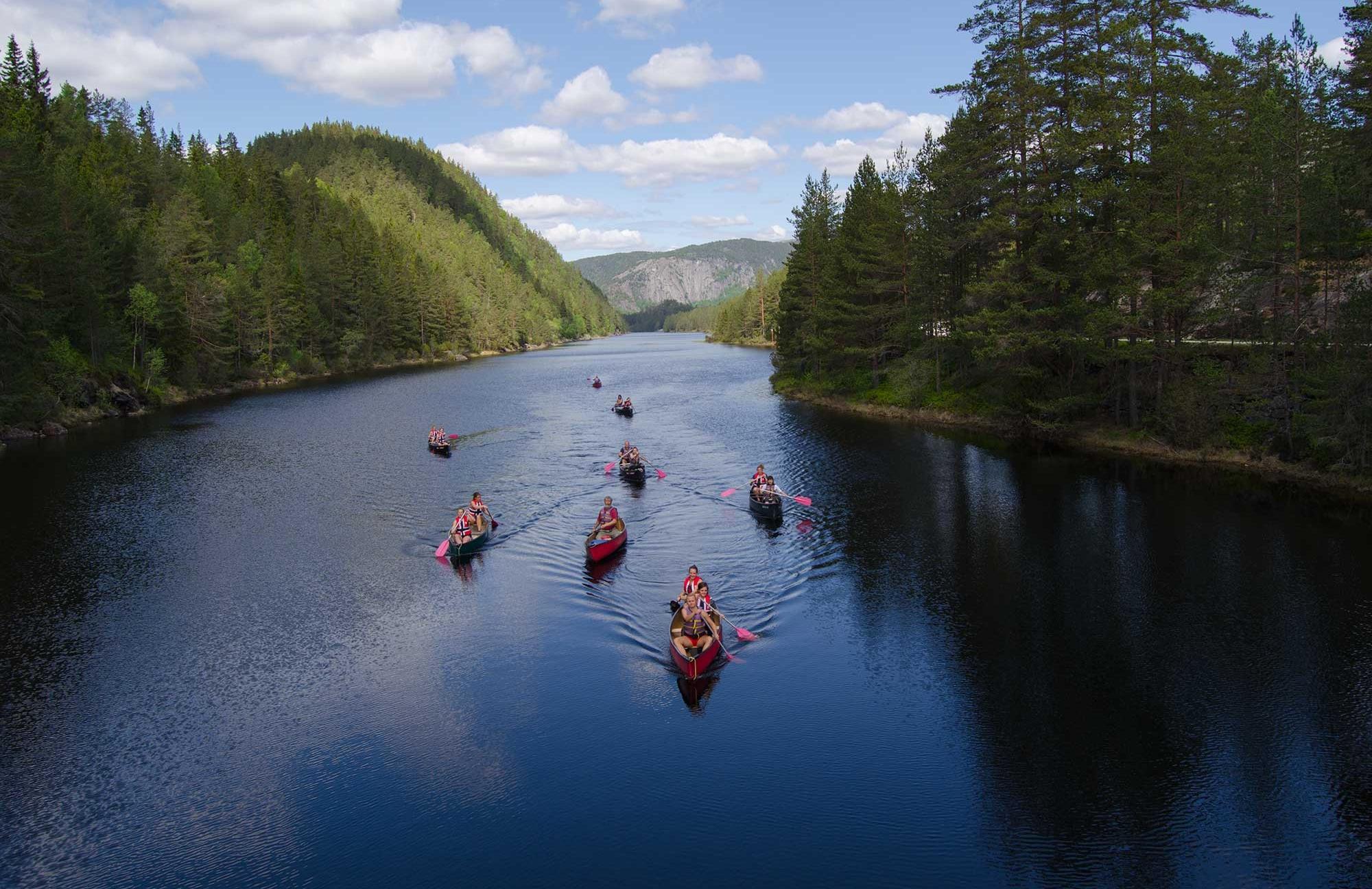 Trekking- und Kanutour - #intothewild